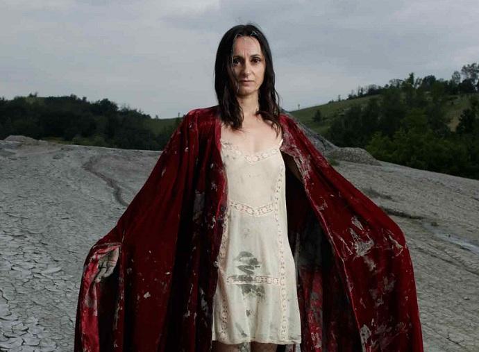 Diretora-e-atriz_Angelica-Liddell_Foto-Luca-Del-Pia.jpg